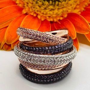 Monaco Designer Creates 18K Twisted Crystal Rings